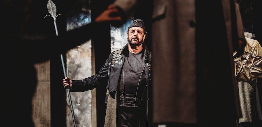 "GÖTTERDÄMMERUNG Andrea Silvestrelli in der Rolle des ""Hagen"" ©flickr"