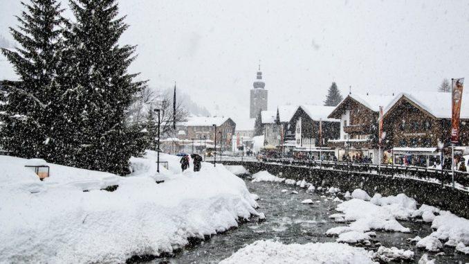 Schnee_lech-zuers-tourismus_by_BernadetteOtter